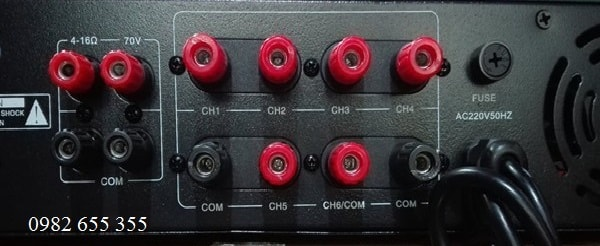 Mặt sau Amply APU USB 650