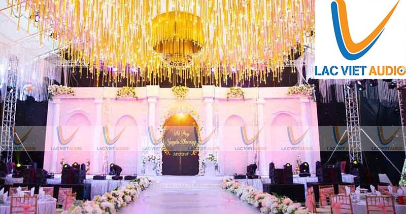 Để có được âm thanh tốt nhất trong ngày vui thì chúng ta cầnthuê loa đài đám cưới chuẩn sịn